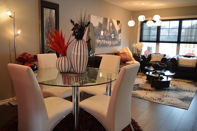 dining-room-1158266_640